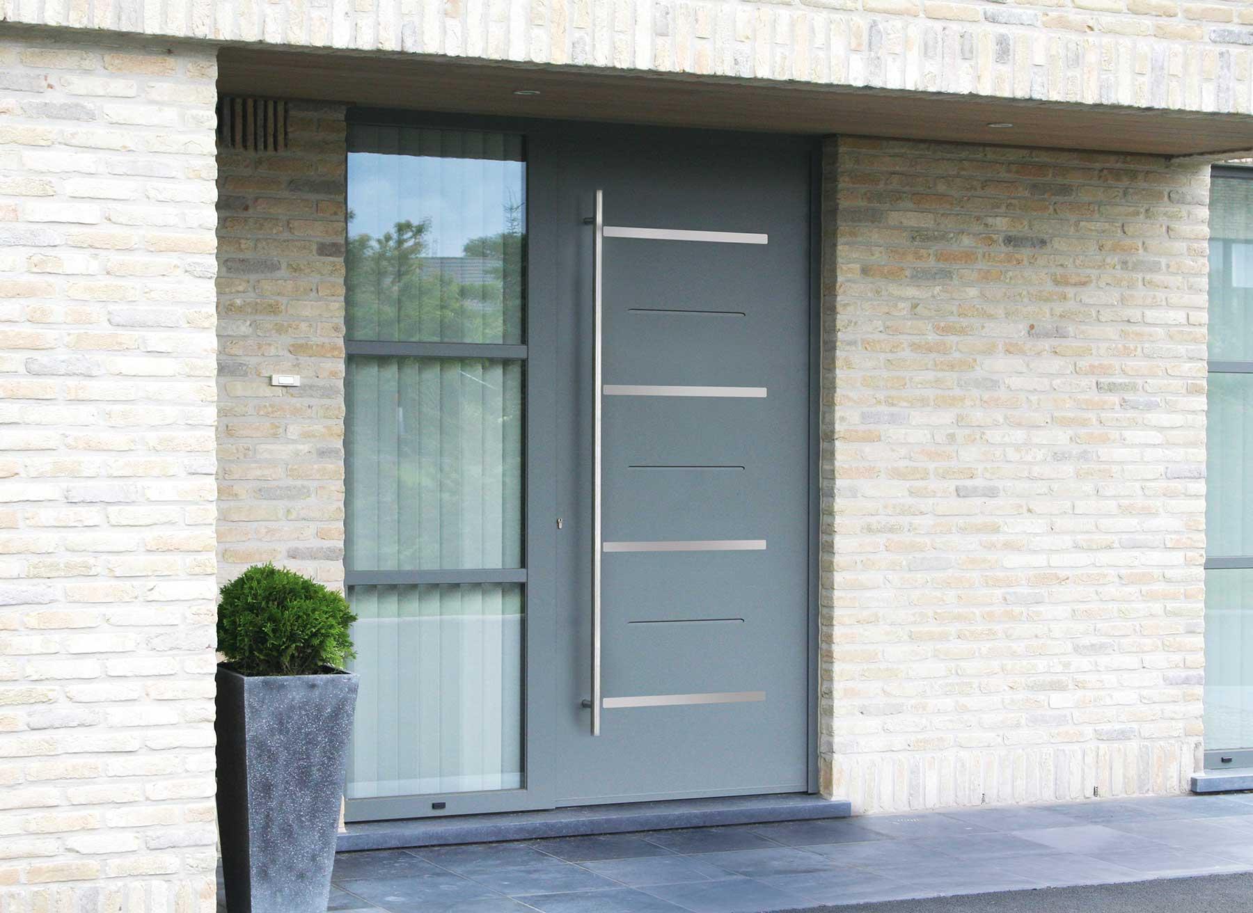 Portes d 39 entr e aluminium veran 39 baie for Porte aluminium